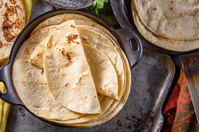 5 hozzávaló kell a tökéletes házi tortillalaphoz: a sütés 2 perc alatt megvan