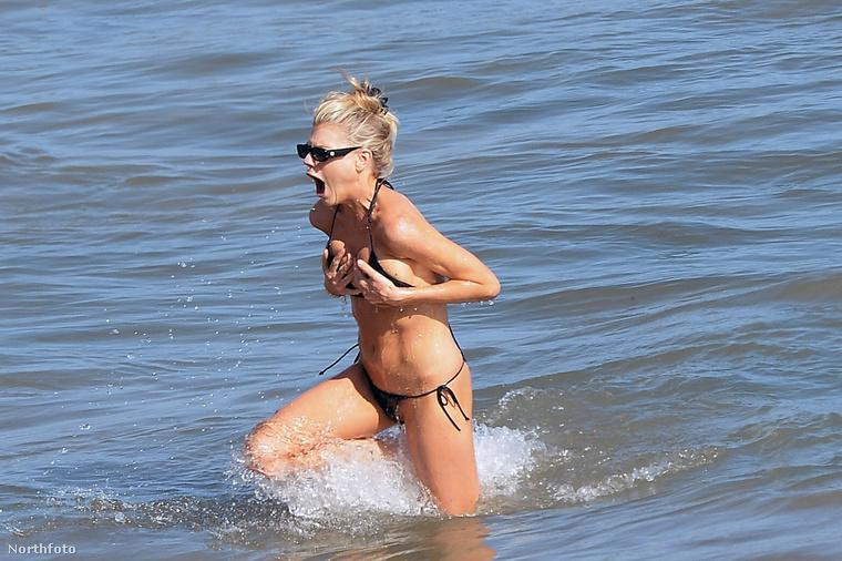 Olyan hideg a víz, hogy Charlotte McKinney csinált egy ilyet.