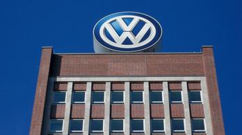 A Volkswagen-csoport 1,35 milliárd euró hathavi veszteségről jelentett
