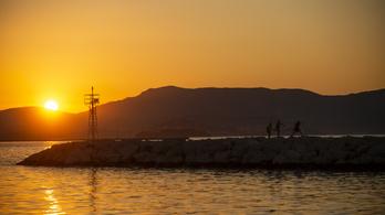 Görögországban is szigorítanak a maszkviselési szabályokon