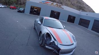 Nézd ahogy rendbe hoznak egy törött, ritka Porsche 911 R-t