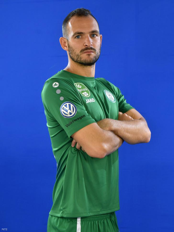 Simon András még a Paks játékosaként.
