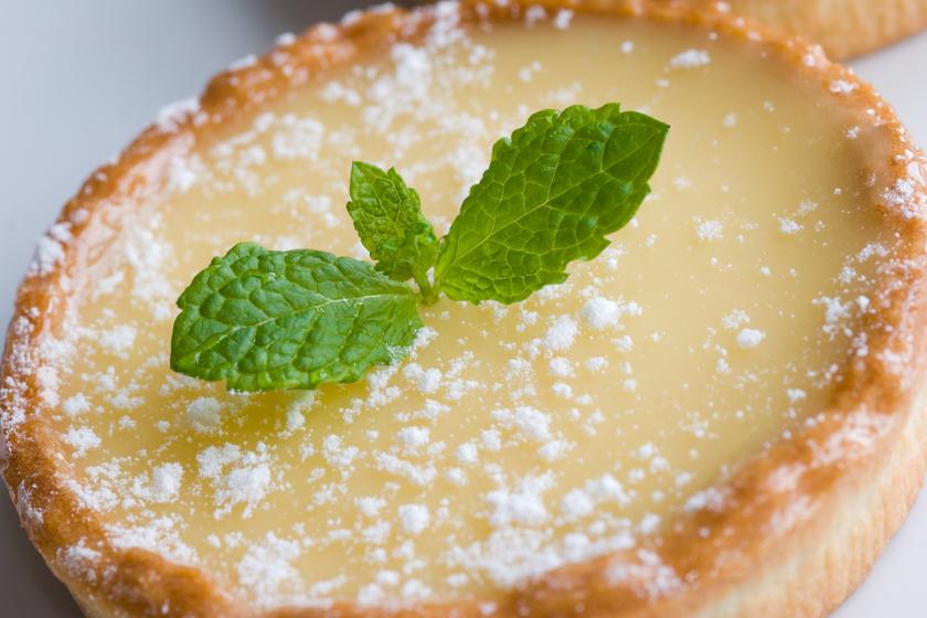 Omlós, citromkrémes pite, ahogy a franciák készítik: egyszerre édes és savanykás