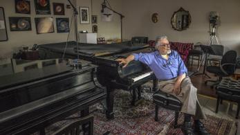 Meghalt Leon Fleisher, az évtizedeken át csak bal kezével játszó amerikai zongorista