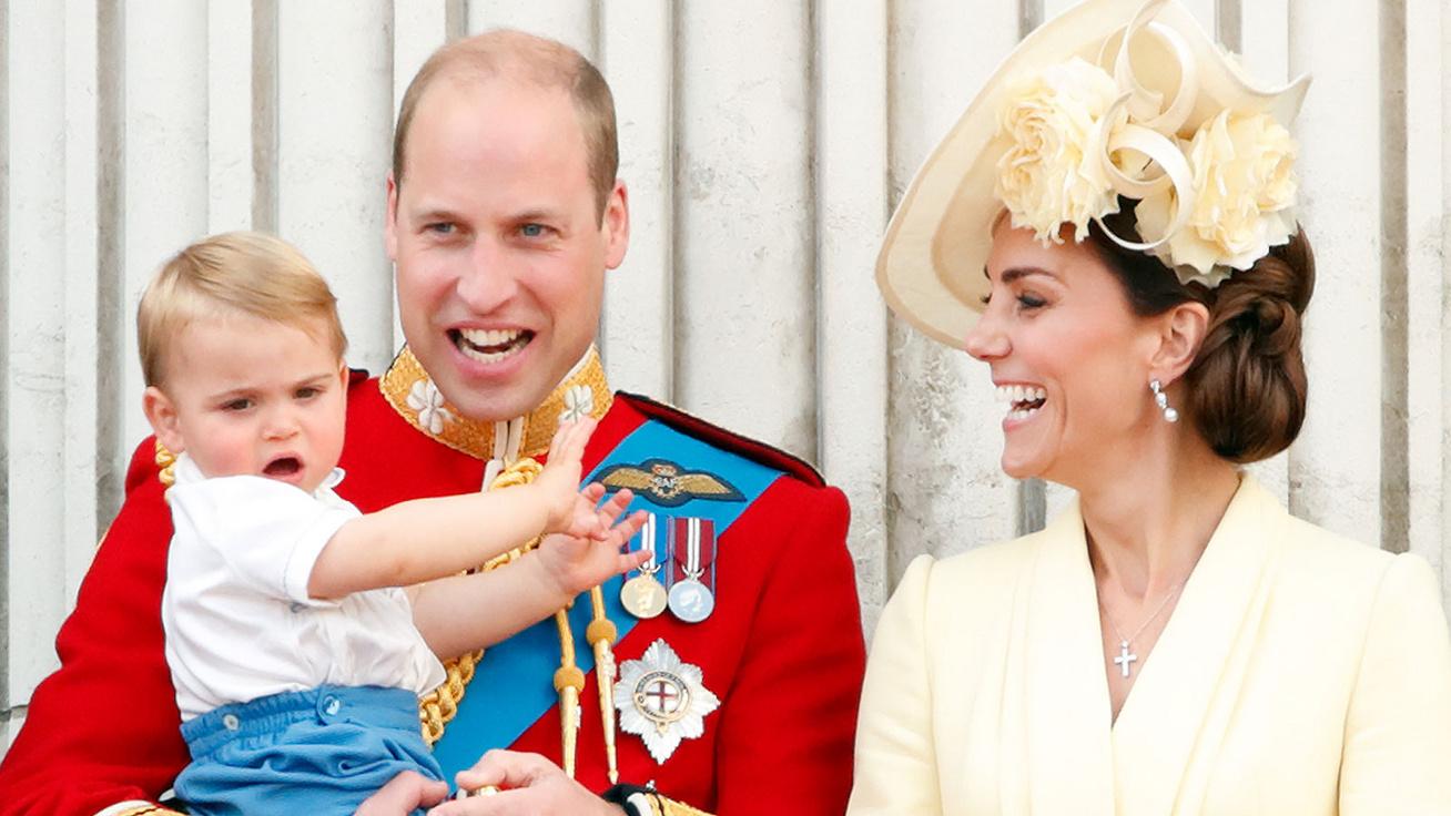 Lajos herceg cuki mosolyától elolvadunk: sosem látott fotójával anyja és apja mondott köszönetet