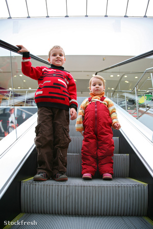 stockfresh 648445 children-on-the-escalator sizeM