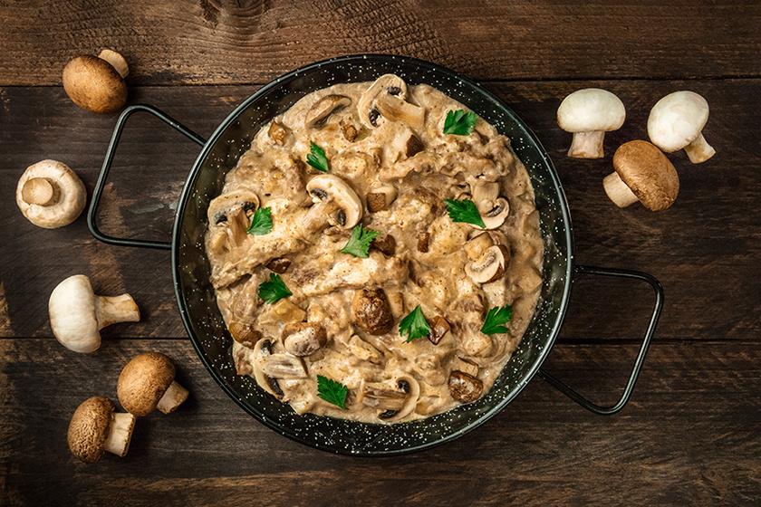 Félórás, selymes tejszínes gombamártás - Tészták, húsok és zöldségek mellé is tökéletes