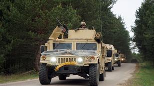 Lengyelországban ezer fővel növelik az amerikai katonák létszámát