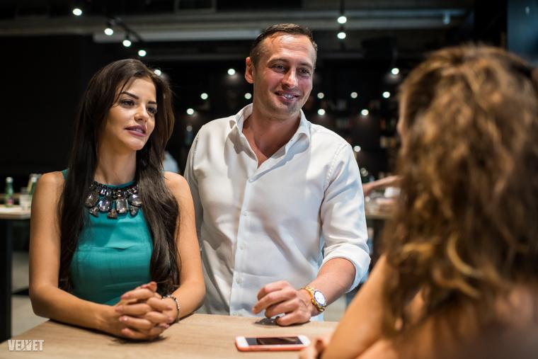 Kiss Vivien és Fecsó a Love Bistro sajtótájékoztatóján.