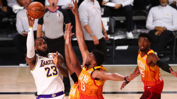 A Los Angeles Lakers nyerte a nyugati főcsoportot a buborékban