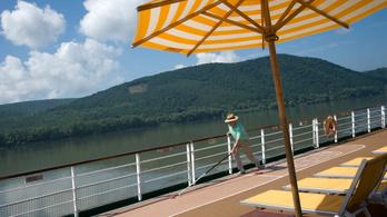 Új közlekedési napijegyet vezettek be a Dunakanyarban