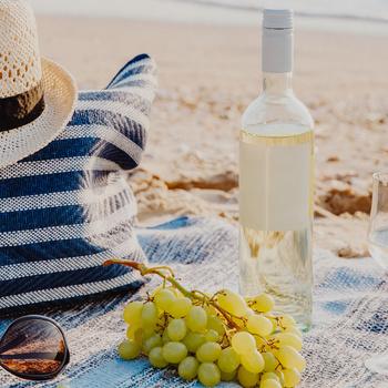 Hangulatos görög piknik, nemzetközi sörnap, velencei-tavi borkóstoló - Ezek a legjobb hétvégi programok