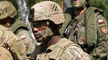 Állandó lesz az amerikai katonai jelenlét Lengyelországban