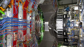 Először találtak kísérleti bizonyítékot a Higgs-bozon két müonra bomlásáról