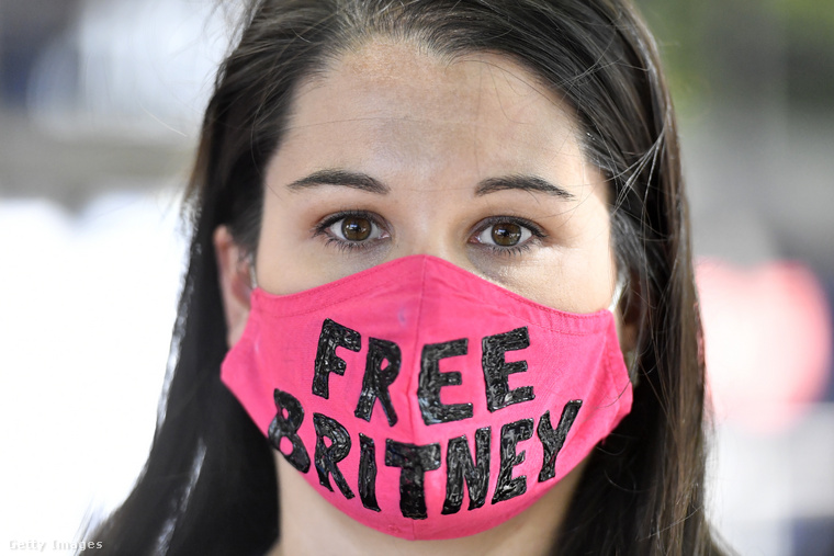 A #szabadítsukfelBritney-t mozgalom egyik képviselője.