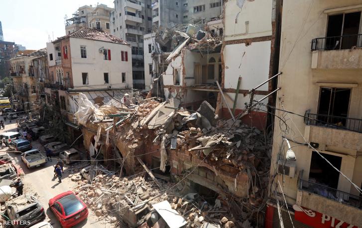 Robbanás okozta kár Bejrútban