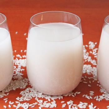 Hogyan lesz a legfinomabb a házi rizsital? Háromféle módszert teszteltünk