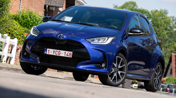 Menetpróba: Toyota Yaris 1.5 Dynamic Force – 2020.