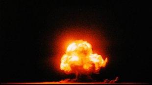 Az első színes fotó egy atombomba robbanásáról