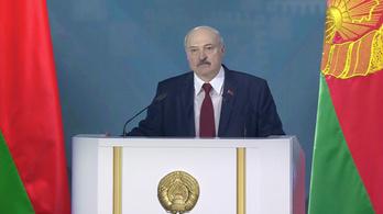 26 éves uralma legnehezebb választására készül Lukasenko