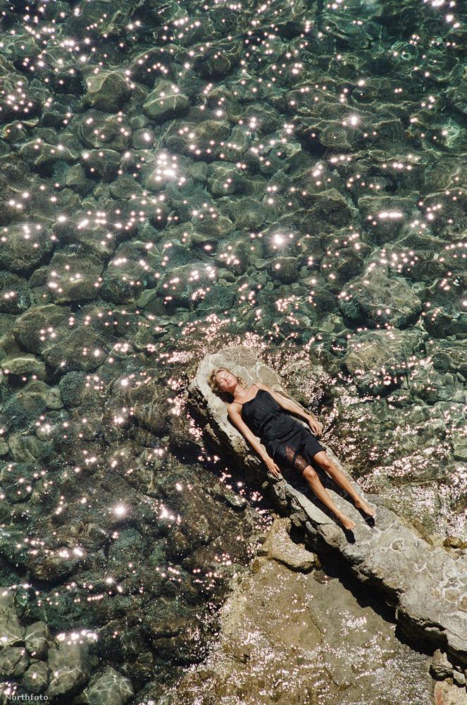 Ezekben a luxusneglizsékben a parton is lehet álmodozni.