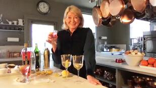 Szexi, medencés képe óta Martha Stewart (79) eddig 14 ajánlatot kapott férfiaktól