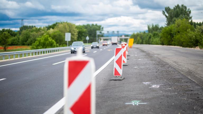 Novemberben kezdődik az M83-as út fejlesztése Pápa és Győr között