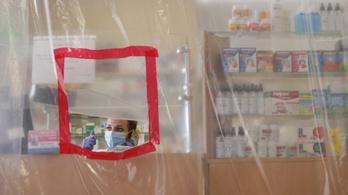 Koronavírus: Ukrajnában rekordon a járvány, Csehországban is gyorsul