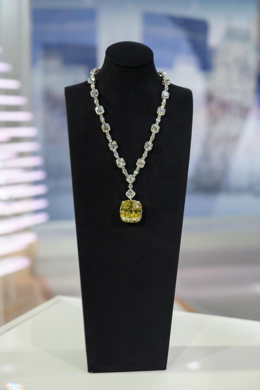 A Tiffany-gyémánthoz 2012-ben új nyakláncot készítettek.