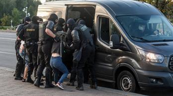 Hat újságírónak veszett nyoma Belaruszban