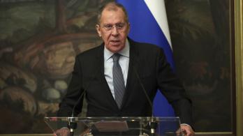 Elhagyta Szlovákiát a három kiutasított orosz diplomata
