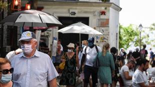 Franciaországban meghosszabbítják a kötelező szájmaszk viselést