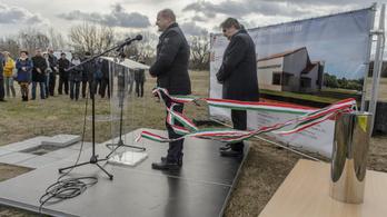 Plusz tizenegy honvédelmi sportközpontot épít a kormány