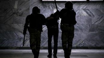 Rátámadtak a BBC újságíróira Minszkben
