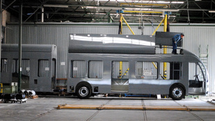 Bukdácsol a járműgyártás, csökkent az ipari termelés júniusban