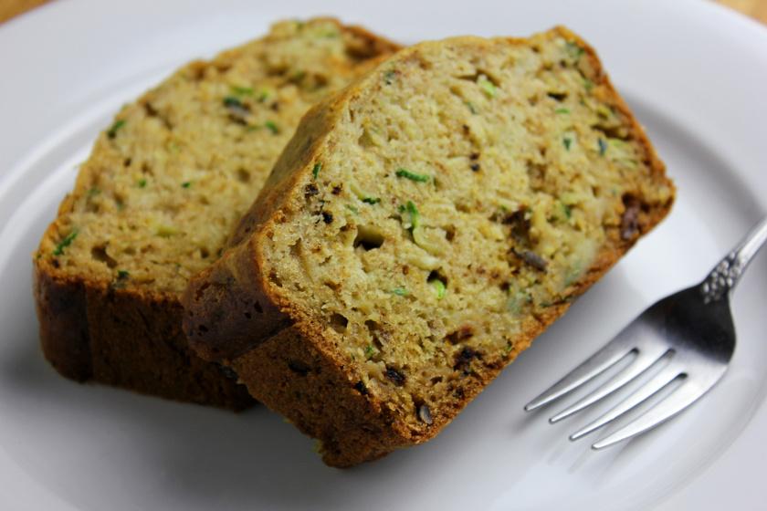 cukkinis kenyér recept