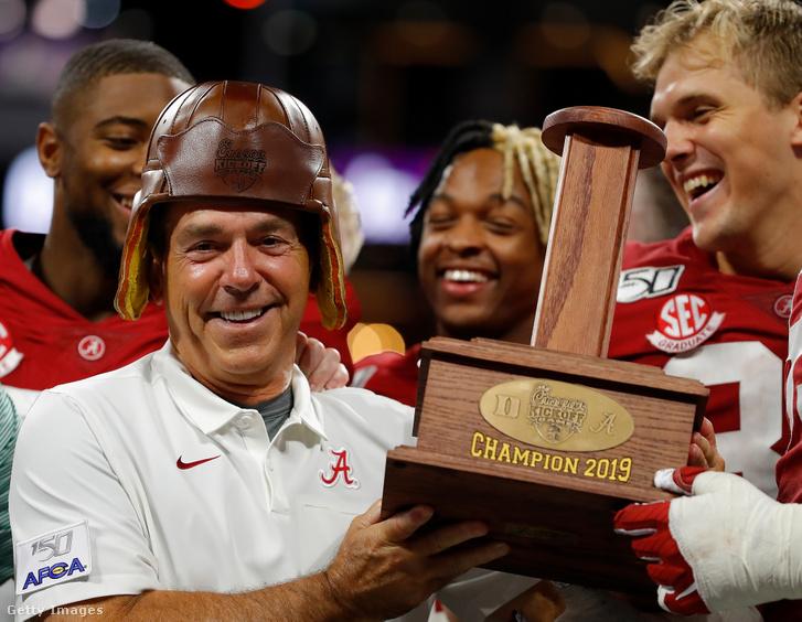 Az Alabama Crimson Tide vezetőedzője, Nick Saban