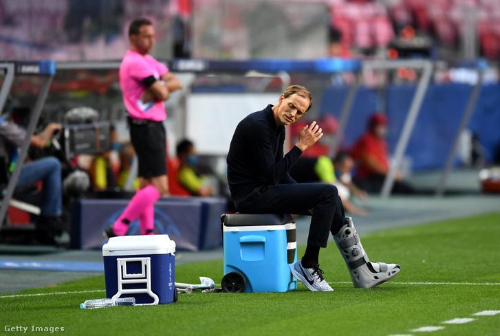 Thomas Tuchel a Párizs Saint-Germain menedzsere az UEFA Bajnokok Ligája negyeddöntőjének mérkőzésén 2020. augusztus 12-én