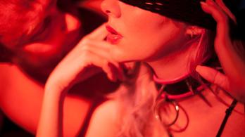 Az évtized felkavaró trendje: a mostohás pornó szárnyalása