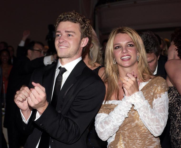 Miután különváltak útjaik, Timberlake egy dalt szentelt a nem is annyira szende énekesnőről, amiből kiderült, hogy nem a legbékésebb volt a különválásul, de azóta már minden rendben van köztük, idén Spears Insta-oldalára egy olyan videót töltött fel, melyben Timberlake zenéjére táncol, géniusznak nevezve a férfit.