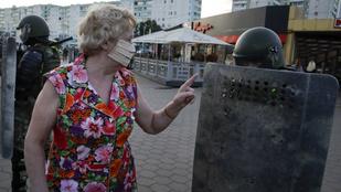 Lukasenkónak a tüntetők után a sztrájktól kell tartania