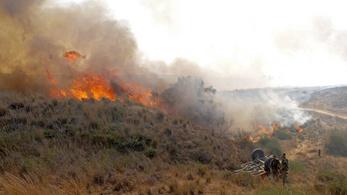 Izrael léggömbös támadást torolt meg