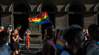 Ősztől az azonos nemű párok is kaphatnak jegyescsomagot Terézvárosban