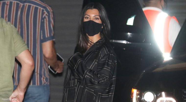 2. Khloé Kardashian