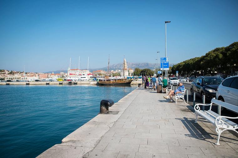 Split egyik legforgalmasabb helye a hajókikötő