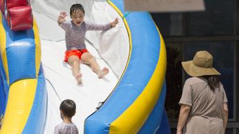41 fokos hőség tombol Japánban