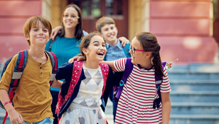 Közösségben a gyerek: Így segítheted a beilleszkedését!