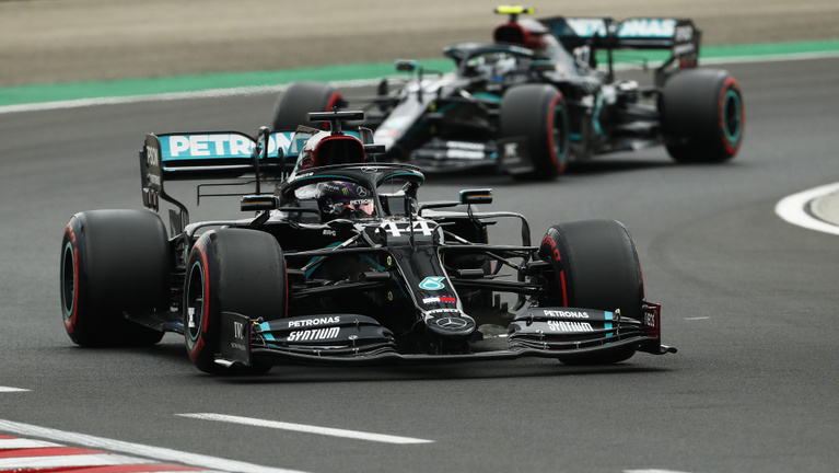 Lelövik a partyt az F1-ben, örülnek a Merci ellenfelei
