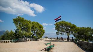 Félúton Dubrovnik és Zára között – egyik kedvenc horvát városunk