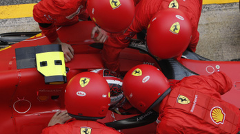 Körökig kikapcsolt biztonsági övvel vezetett Leclerc a Spanyol Nagydíjon